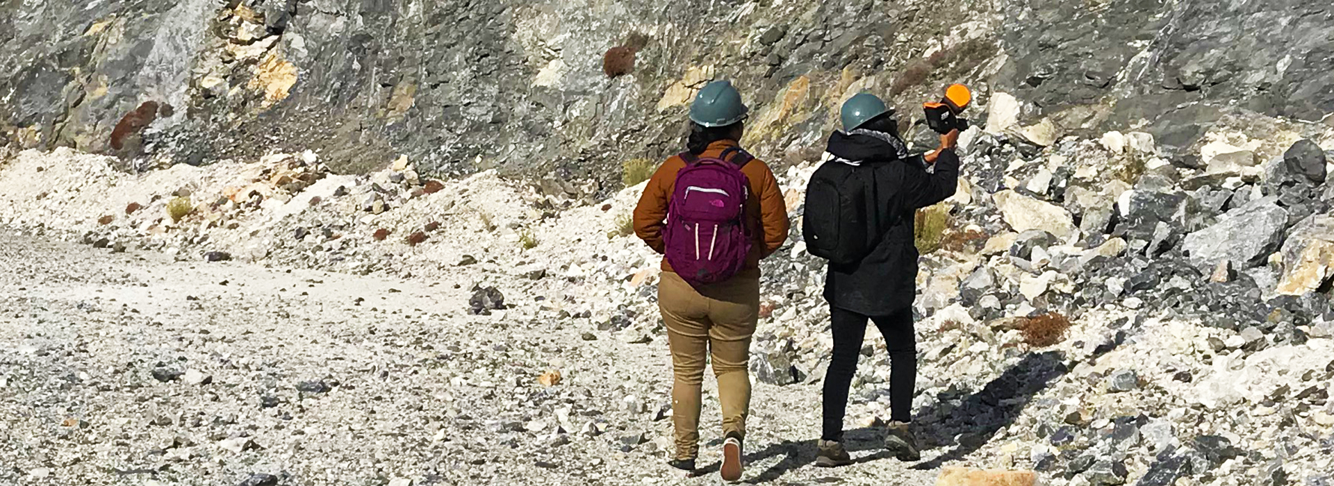 CSUSB Geological Sciences receives grant to enrich student learning with digital mapping technology