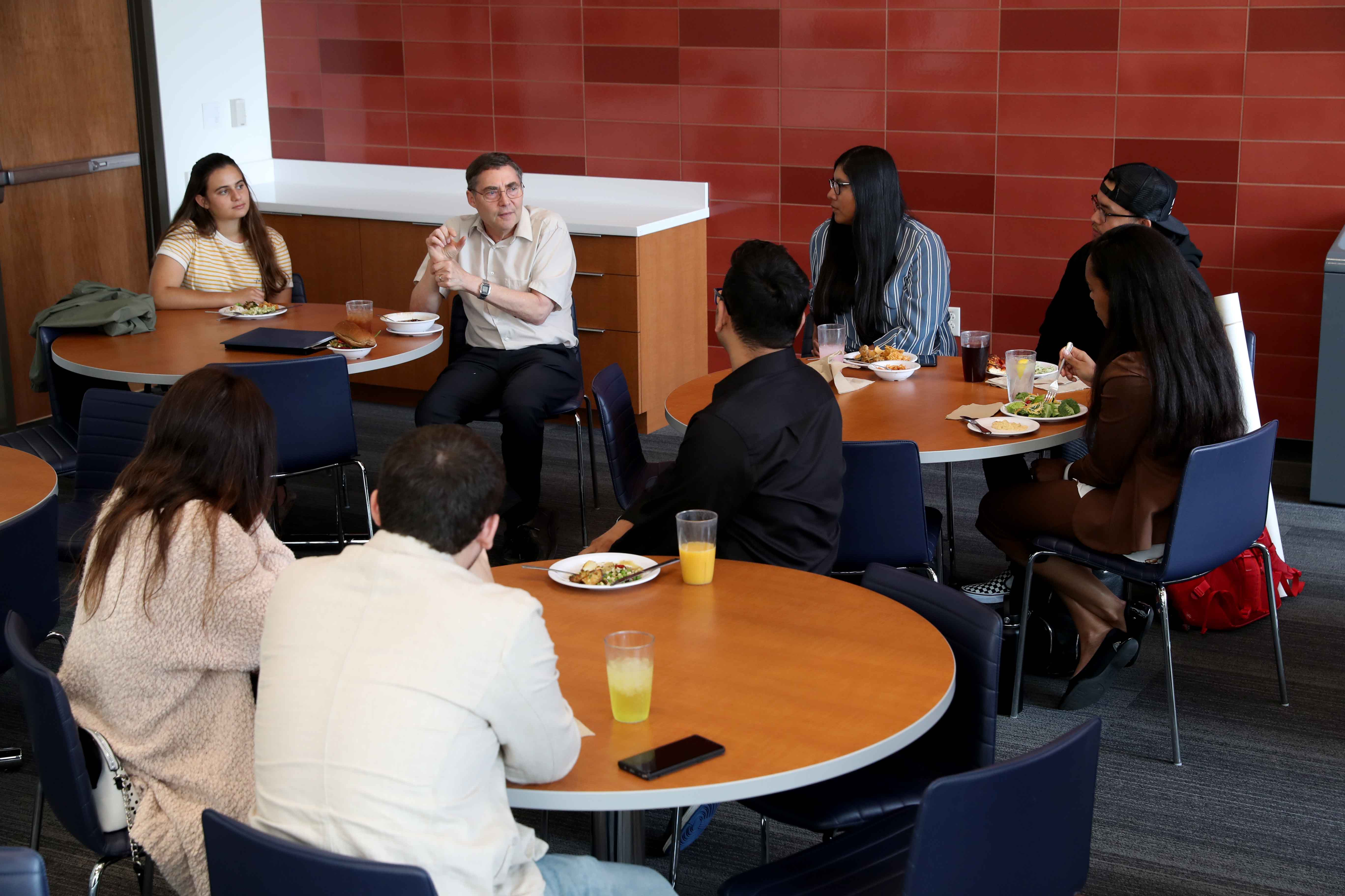 In addition to his lecture, Wieman also had lunch with select students.